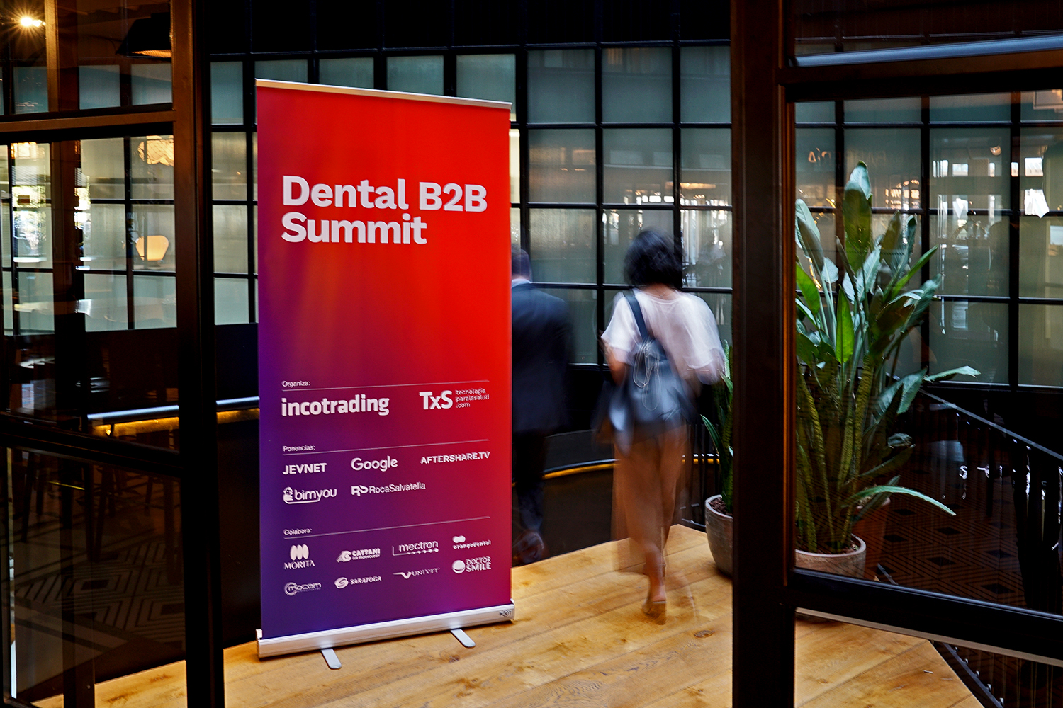 La primera edición del Dental Summit B2B 2018